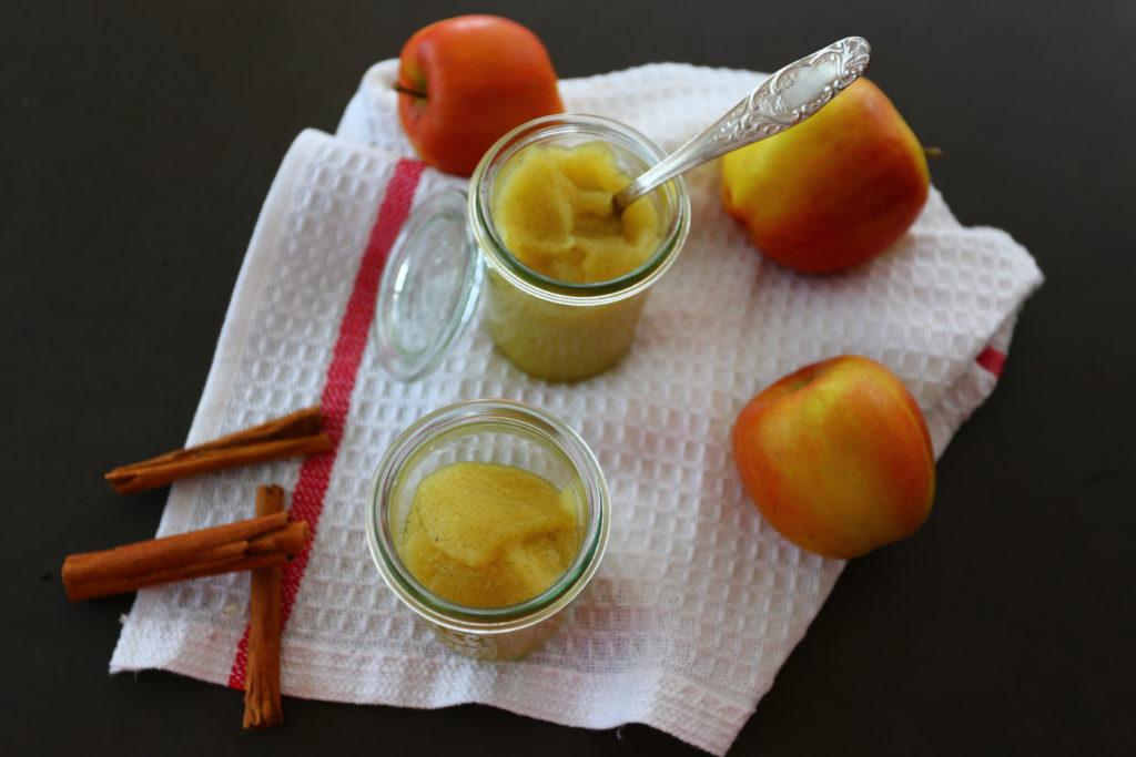 frisch zubereitetes Apfelmus